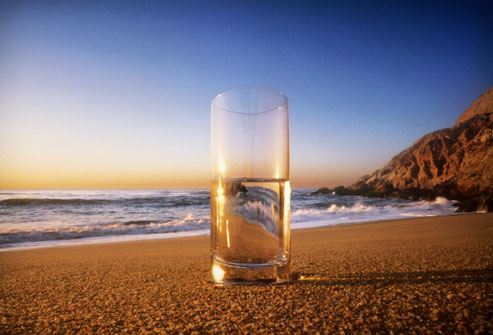 getty_rm_photo_of_glass_of_water_on_beach