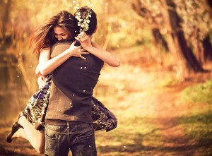 Love-Couple-With-Happy-Hug-Day-Images